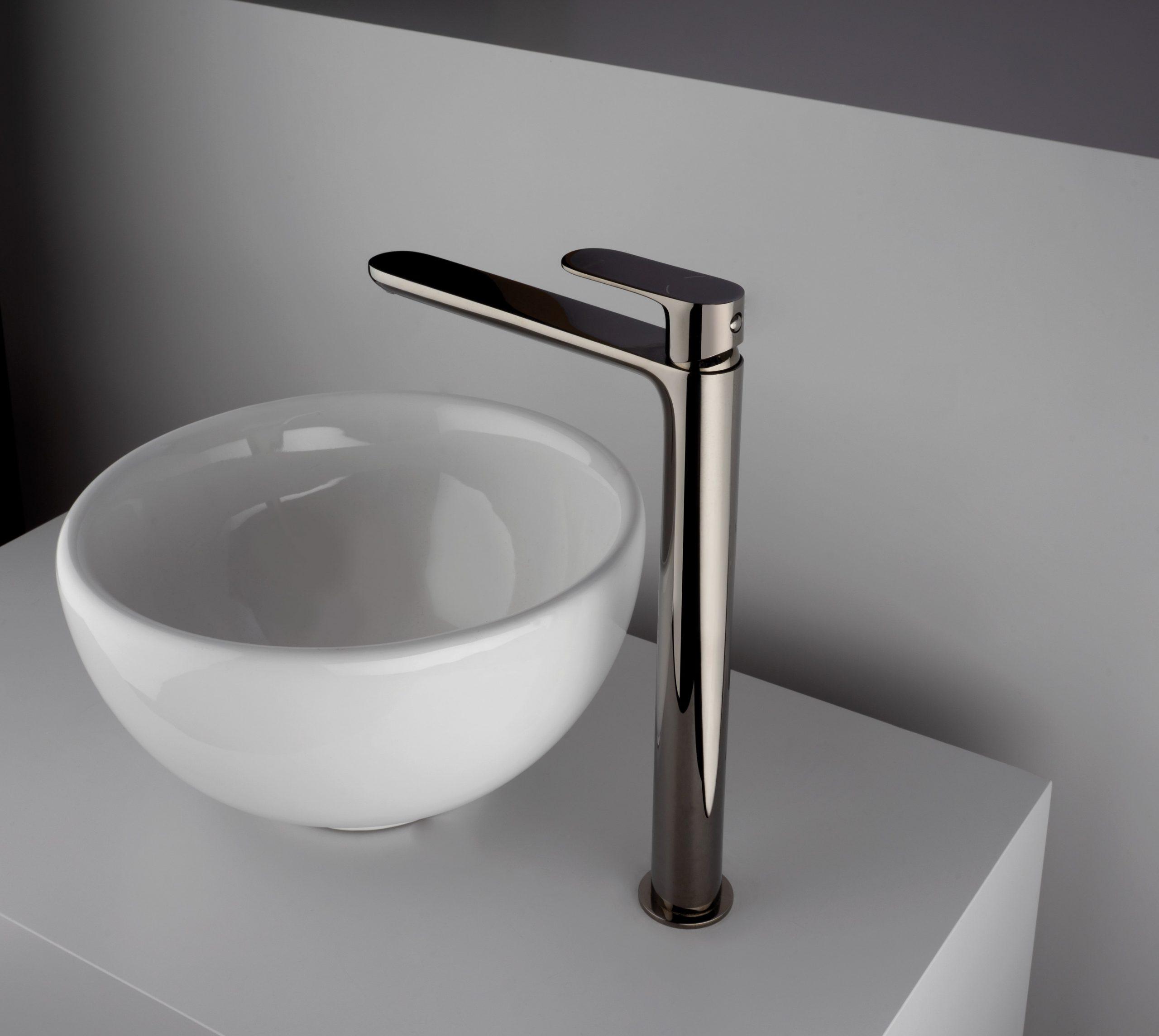 rubinetti bagno, monocomando lavabo alto finitura inox, idrosanitaria lecco